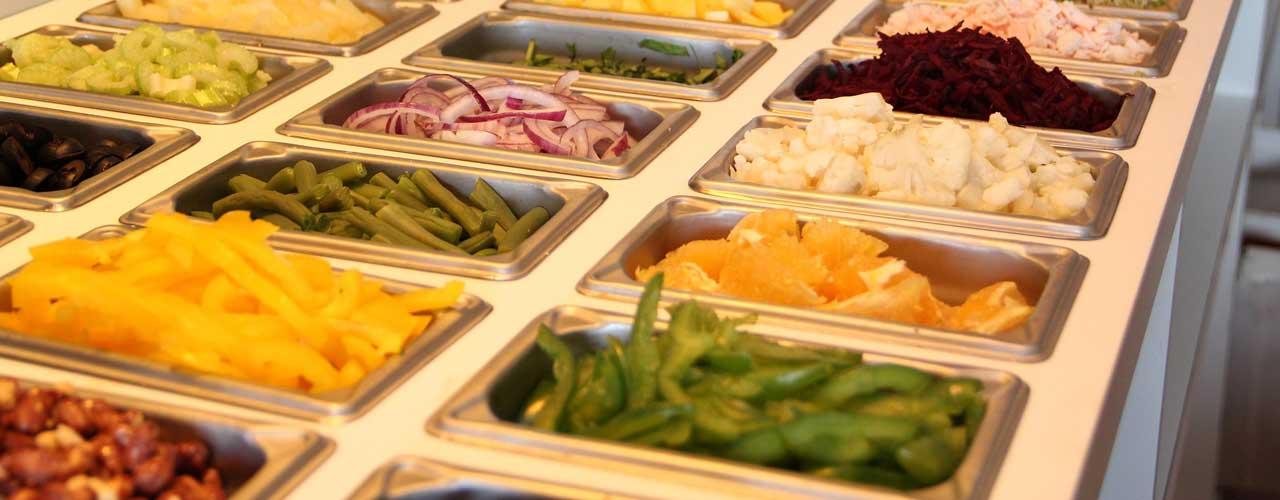 Salad Buffet (Pixabay)